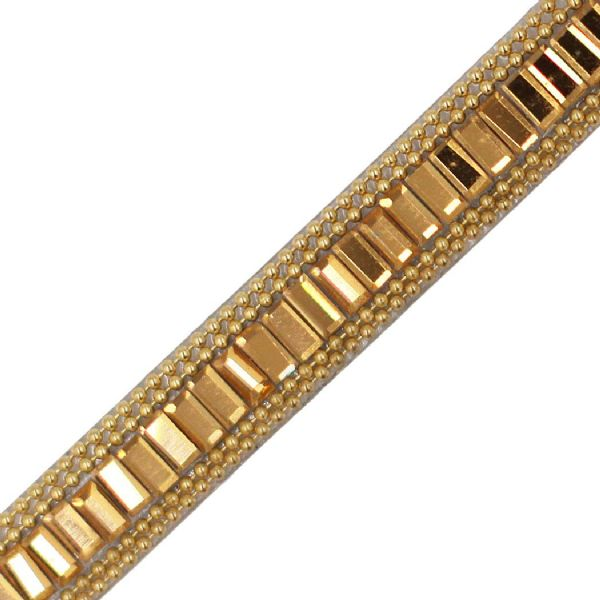 1 metre x 10 mm Gold single bar crystal and chain